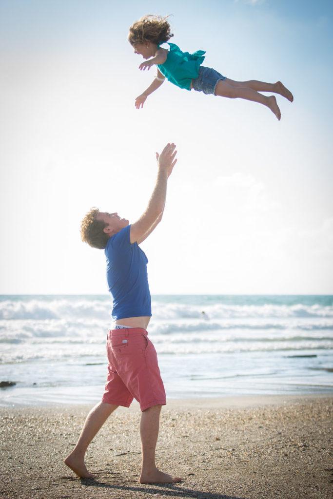 צילומי משפחה טבעיים בים